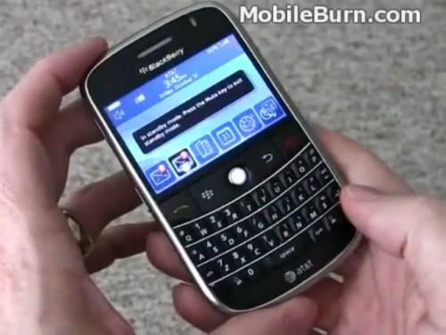 BlackBerry Bold 9000 là sản phẩm hình mẫu cho nhiều smartphone BlackBerry sau này. Đây cũng là điện thoại BlackBerry đầu tiên trang bị kết nối 3G cùng màn hình có độ phân giải cao nhất tại thời điểm ra mắt, năm 2008, và hệ điều hành BlackBerry OS 5.0 nhiều tính năng.