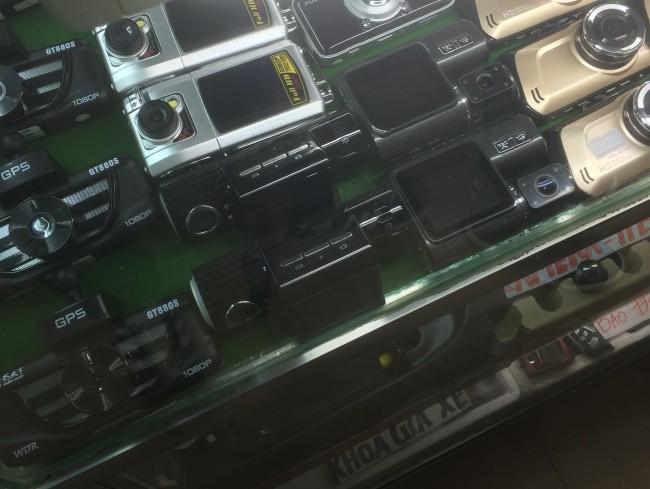 """""""Đột kích"""" chợ camera hành trình ở Tân Thanh ảnh 2"""