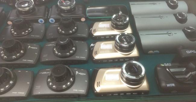 """""""Đột kích"""" chợ camera hành trình ở Tân Thanh ảnh 1"""