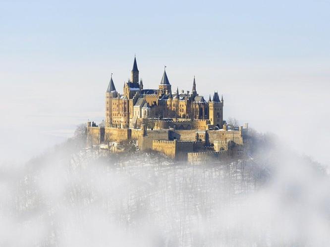 Ngắm những lâu đài bạc đầu trong tuyết ảnh 2