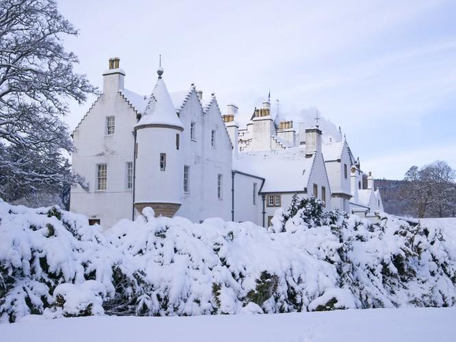 Ngắm những lâu đài bạc đầu trong tuyết ảnh 3