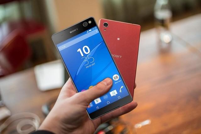 7 chiếc smartphone đang giảm giá mạnh trước Tết Âm lịch ảnh 1