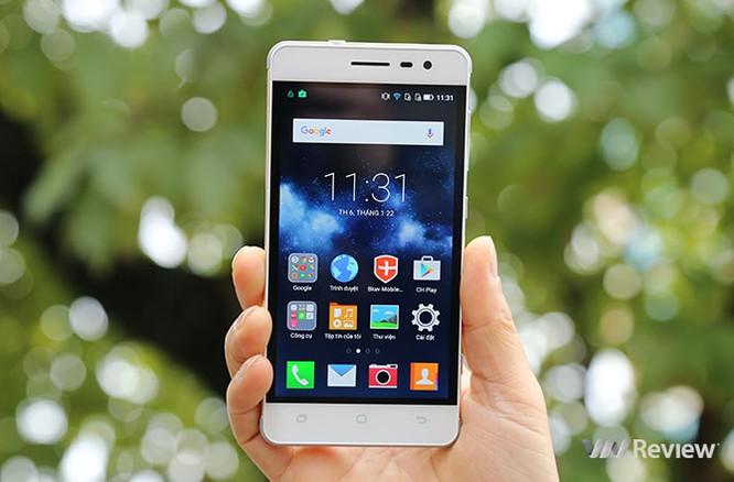 Trên tay điện thoại Pantech V950 sắp bán tại Việt Nam ảnh 1