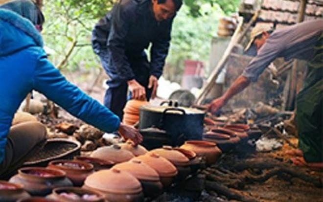 Tuy nhiên, mấy năm gần đây, cá kho ngày càng được nhiều người ưa chuộng và giá đắt đỏ lên đến hàng triệu vẫn được nhiều người mua về ăn Tết. Đặc biệt cá trắm được kho ở làng Nhân Hậu, Hà Nam - mảnh đất được cho là nguyên mẫu của làng Vũ Đại trong truyện ngắn Chí Phèo.