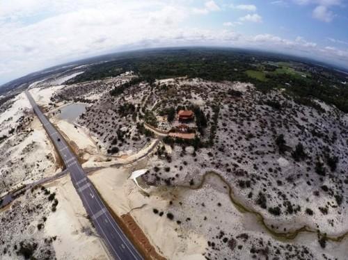 Mục sở thị lăng mộ 10 tỷ độc nhất vô nhị trên vùng sa mạc Quảng Bình ảnh 2