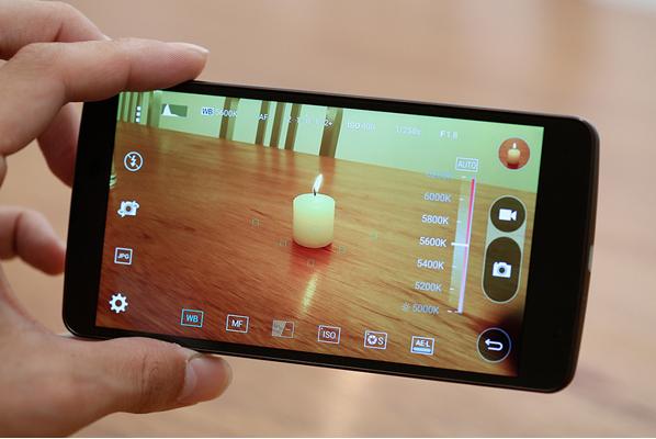 Video: Top 4 smartphone hấp dẫn chỉ có hàng xách tay ảnh 4