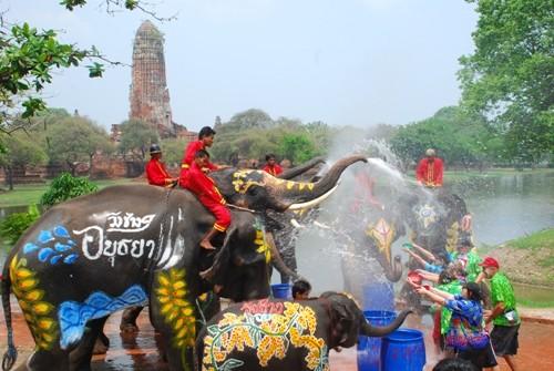 Kỳ thú lễ hội Lễ hội Songkran - Thái Lan ảnh 1