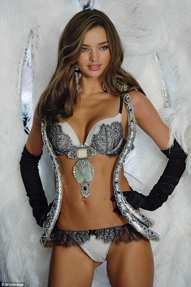 Video: Bí quyết giữ dáng của các thiên thần Victoria's Secret ảnh 3