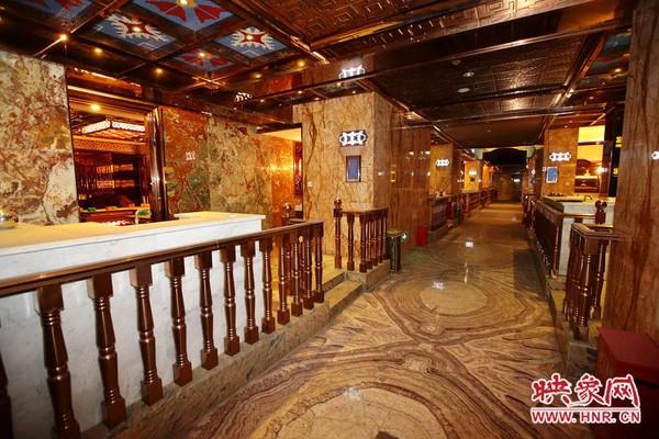 Choáng ngợp trước nội thất xa hoa của chốn ăn chơi khét tiếng Trung Quốc ảnh 4