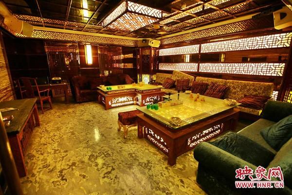 Choáng ngợp trước nội thất xa hoa của chốn ăn chơi khét tiếng Trung Quốc ảnh 23