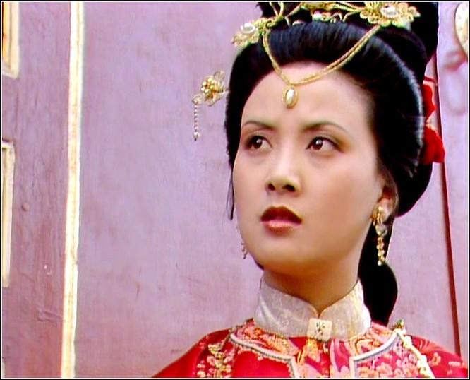 Những mỹ nhân Hoa ngữ như bước ra từ nguyên tác ảnh 17