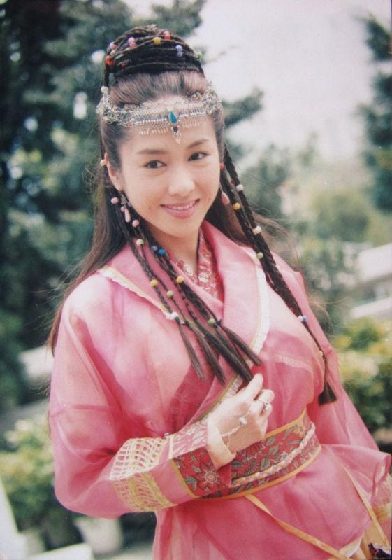 Những mỹ nhân Hoa ngữ như bước ra từ nguyên tác ảnh 34