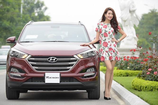 """Người đẹp """"đọ dáng"""" cùng Hyundai Tucson 2016 ảnh 2"""