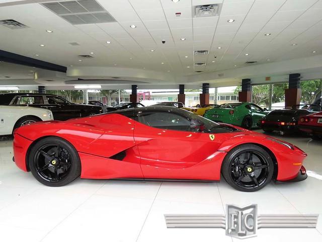 Cận cảnh siêu xe Ferrari LaFerrari cũ giá 104,8 tỷ đồng ảnh 4