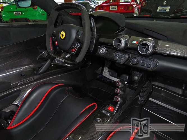 Cận cảnh siêu xe Ferrari LaFerrari cũ giá 104,8 tỷ đồng ảnh 8