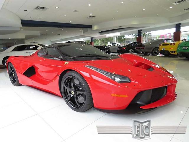 Cận cảnh siêu xe Ferrari LaFerrari cũ giá 104,8 tỷ đồng ảnh 1