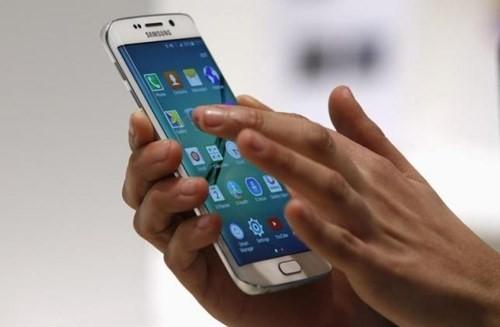 Vì sao lỗ nhưng vẫn phải làm smartphone Android? ảnh 1