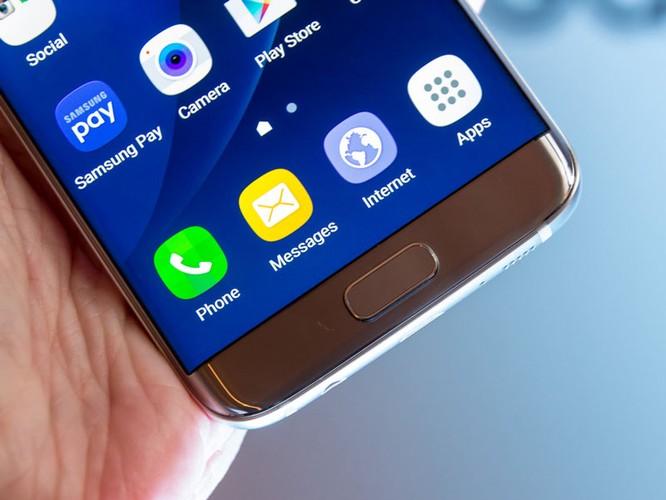 Cận cảnh từng chi tiết của Samsung Galaxy S7 Edge ảnh 15
