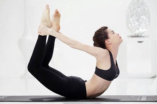 Mỹ nhân Việt tập yoga khoe đường cong tuyệt mỹ ảnh 2