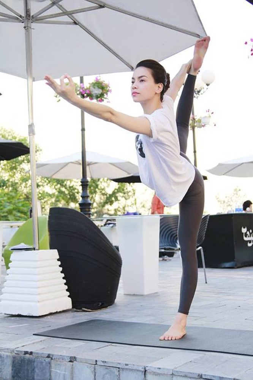 Mỹ nhân Việt tập yoga khoe đường cong tuyệt mỹ ảnh 3