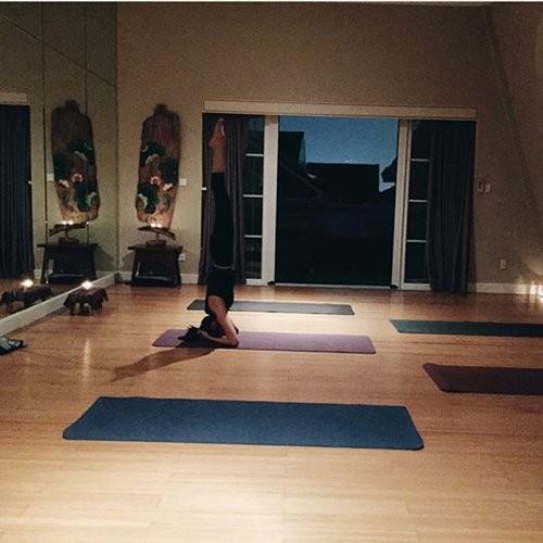 Mỹ nhân Việt tập yoga khoe đường cong tuyệt mỹ ảnh 4