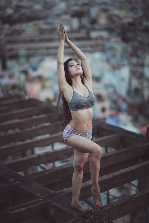 Mỹ nhân Việt tập yoga khoe đường cong tuyệt mỹ ảnh 21