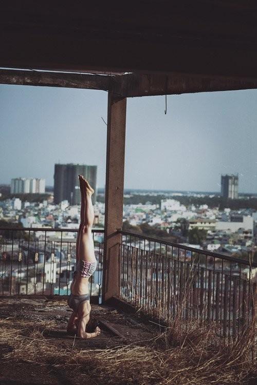 Mỹ nhân Việt tập yoga khoe đường cong tuyệt mỹ ảnh 22