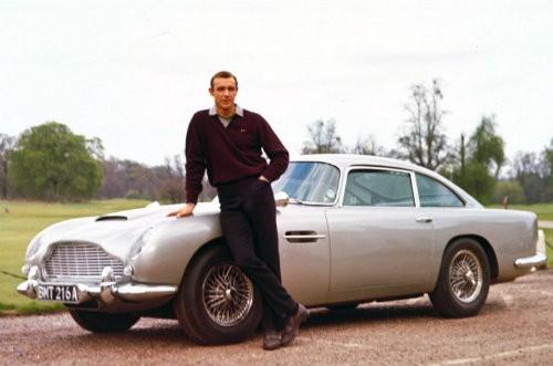 15 mẫu xe đáng nhớ nhất trong lịch sử phim ảnh ảnh 14