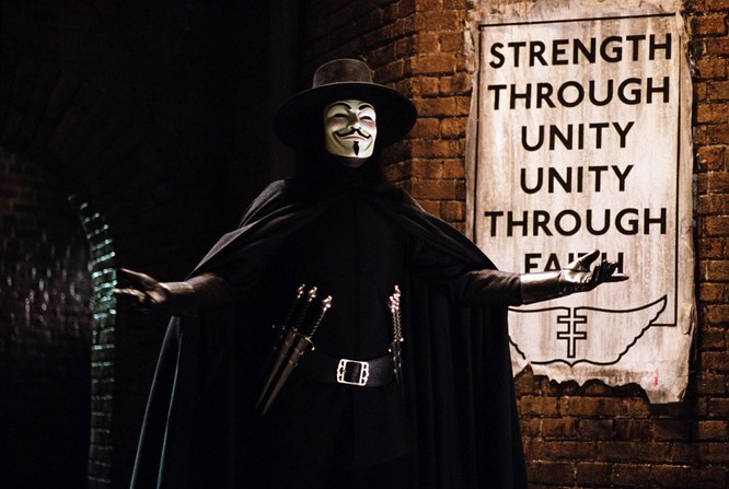 Những phim siêu anh hùng bị gắn nhãn 17+ ảnh 5