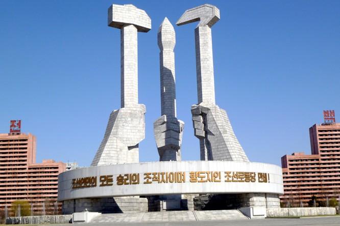 Ngắm kiến trúc hoành tráng và hoa lệ của Triều Tiên ảnh 4
