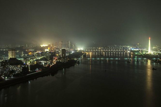 Ngắm kiến trúc hoành tráng và hoa lệ của Triều Tiên ảnh 6