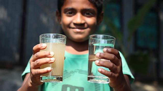 Loài người sẽ uống nước bồn cầu trong tương lai ảnh 3