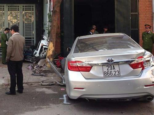 Hà Nội: Khủng khiếp xe Camry phóng như phim hành động, đâm chết 3 người ảnh 2