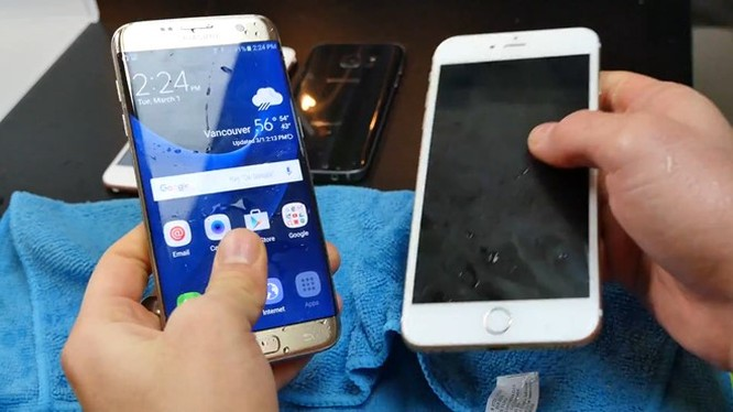 Video: Galaxy S7 edge so độ bền với iPhone 6S Plus ảnh 8
