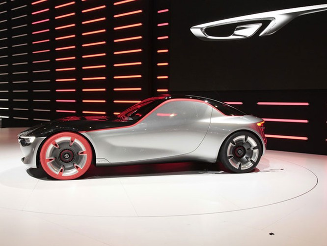 "Những mẫu xe cực ""dị"" tại Geneva Motor Show 2016 ảnh 12"