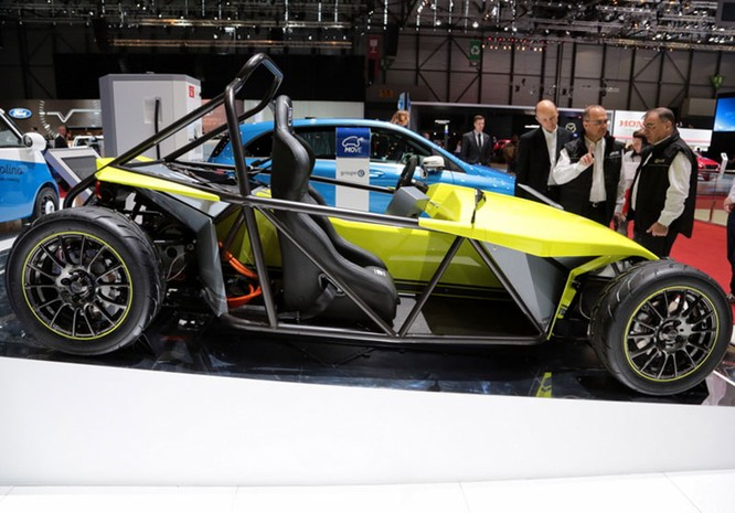 "Những mẫu xe cực ""dị"" tại Geneva Motor Show 2016 ảnh 3"