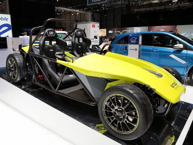 "Những mẫu xe cực ""dị"" tại Geneva Motor Show 2016 ảnh 4"