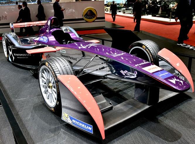 "Những mẫu xe cực ""dị"" tại Geneva Motor Show 2016 ảnh 8"