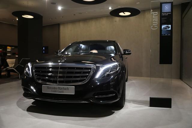 """Cận cảnh """"pháo đài thép"""" Mercedes-Maybach 11,6 tỷ đồng ảnh 1"""