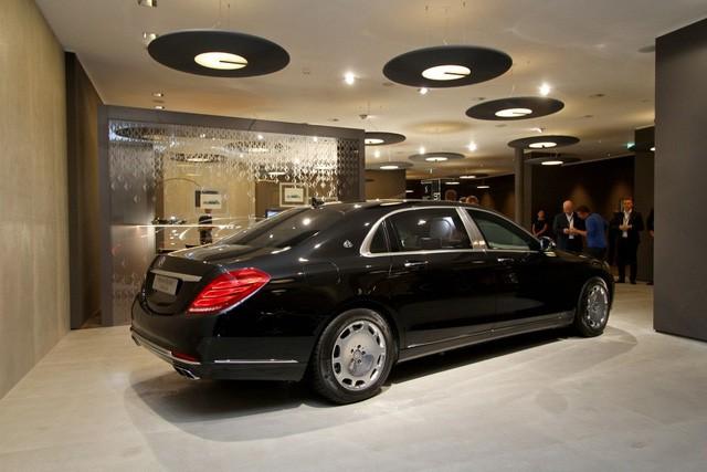 """Cận cảnh """"pháo đài thép"""" Mercedes-Maybach 11,6 tỷ đồng ảnh 2"""