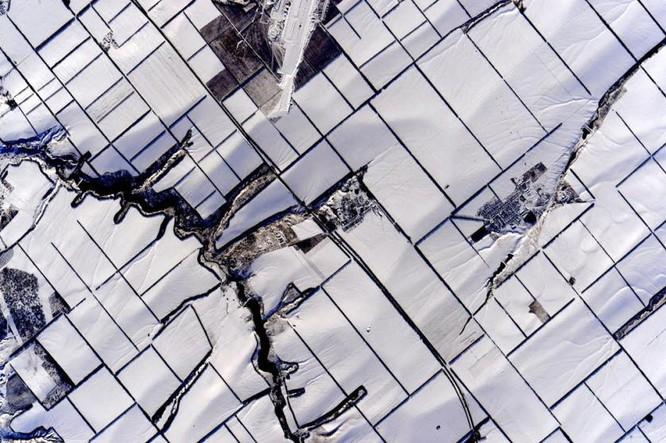 Trái Đất tuyệt đẹp nhìn từ Trạm Vũ trụ quốc tế ảnh 10