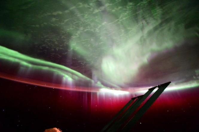 Trái Đất tuyệt đẹp nhìn từ Trạm Vũ trụ quốc tế ảnh 11