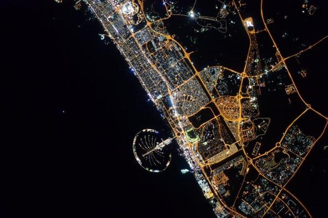 Trái Đất tuyệt đẹp nhìn từ Trạm Vũ trụ quốc tế ảnh 16