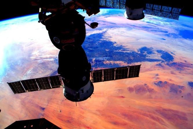 Trái Đất tuyệt đẹp nhìn từ Trạm Vũ trụ quốc tế ảnh 18