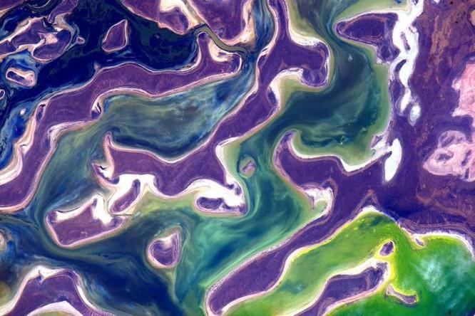 Trái Đất tuyệt đẹp nhìn từ Trạm Vũ trụ quốc tế ảnh 2