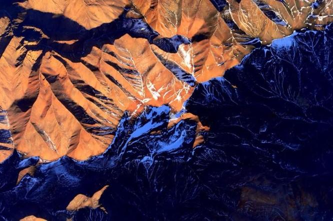 Trái Đất tuyệt đẹp nhìn từ Trạm Vũ trụ quốc tế ảnh 3