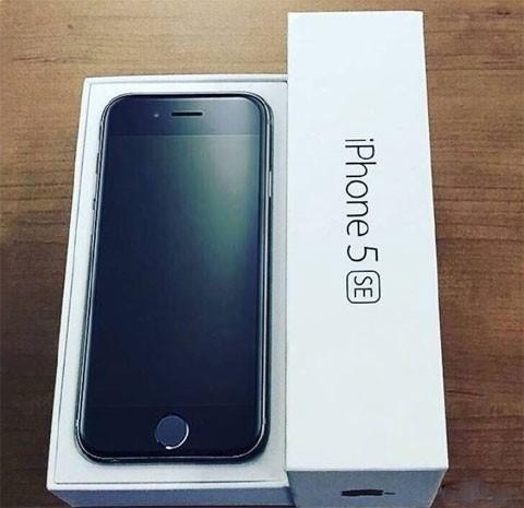 Rò rỉ hình ảnh mở hộp iPhone 5se ảnh 1