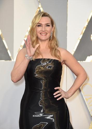 Choáng với những món trang sức quý giá của sao Hollywood tại Oscar ảnh 10