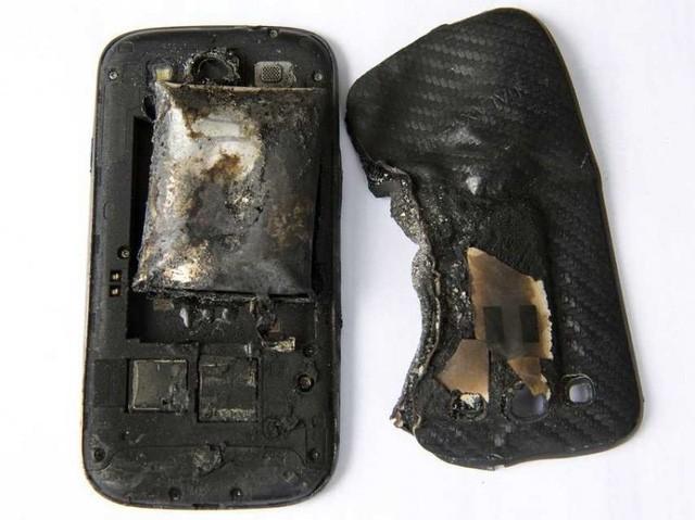 Sai lầm rất lớn khi sử dụng sạc pin smartphone ai cũng mắc phải ảnh 7