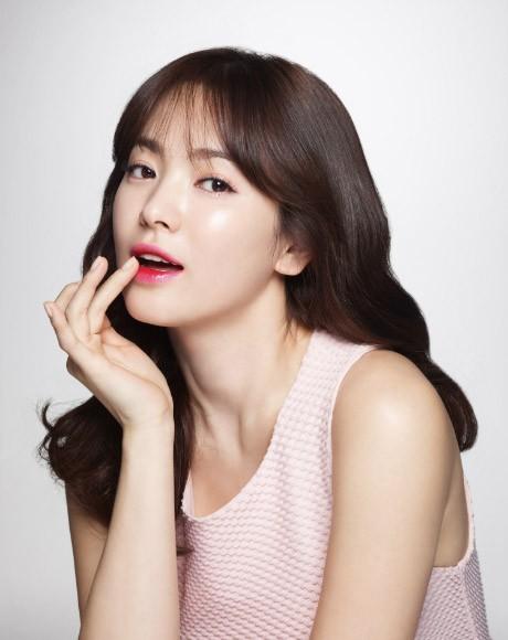 Son 400 ngàn đồng của Song Hye Kyo cháy hàng ảnh 4